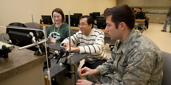 Graphic for Military Students in Physics Lab